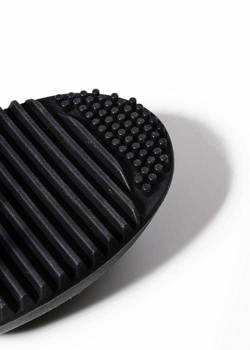 brush cleaning pad black