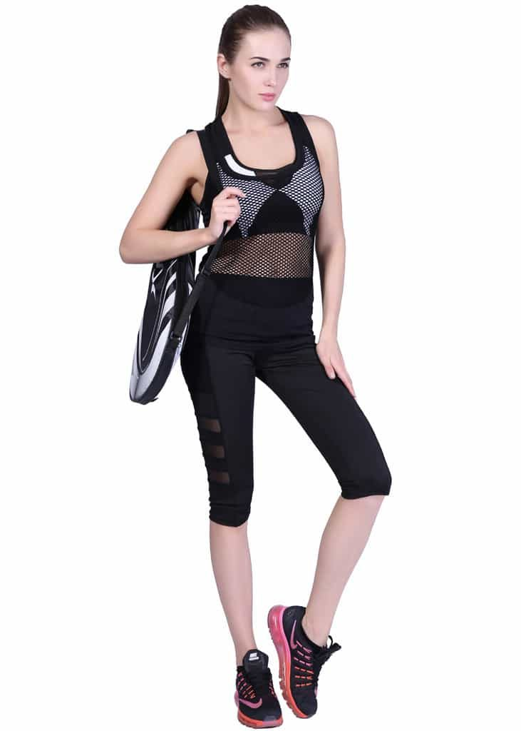 Triple Mesh POcket womens sports Capris model
