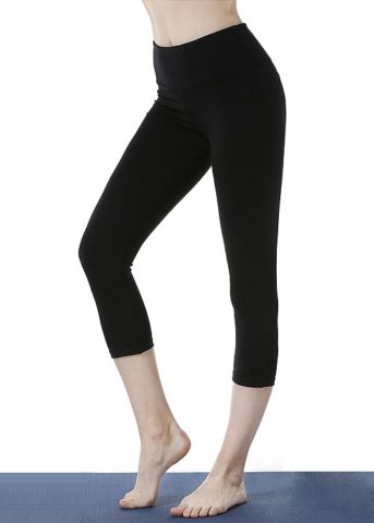 HG workout Black capris front